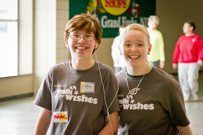 1202_WalkForWishes_247.jpg