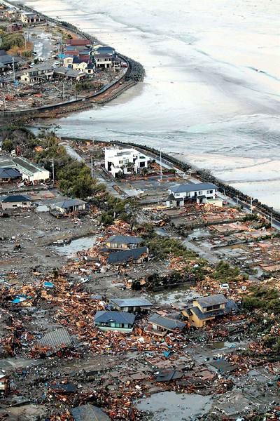 JapanEarthquake2011-18.jpg