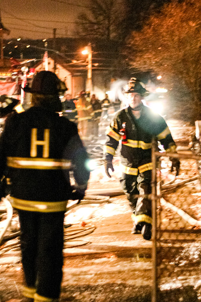 Two-alarm fire at 27 5th Ave. in Haverhill, MA (January 04, 2006)