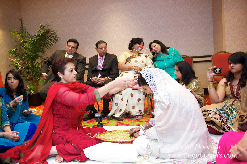 Naziya-Wedding-2013-06-08-01933.JPG