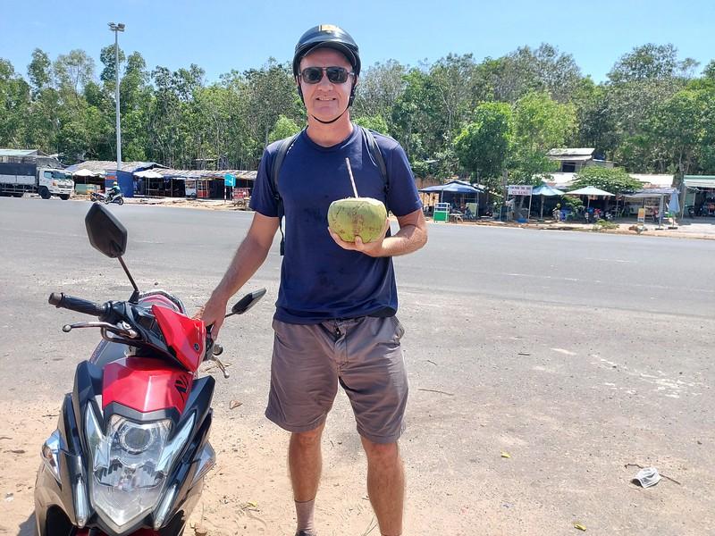 20210331_103821-coconut-break.jpg