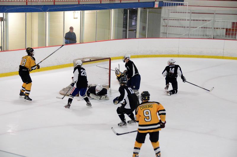 140913 Jr. Bruins vs. 495 Stars-199.JPG
