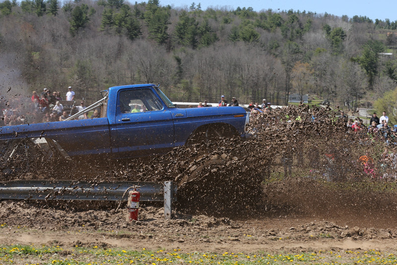 16 04 24 Mountaineer Mud Bog