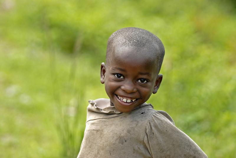 070103 3261 Burundi - Bujumbura - Trip to Antoines Village _E _L ~E ~L.JPG