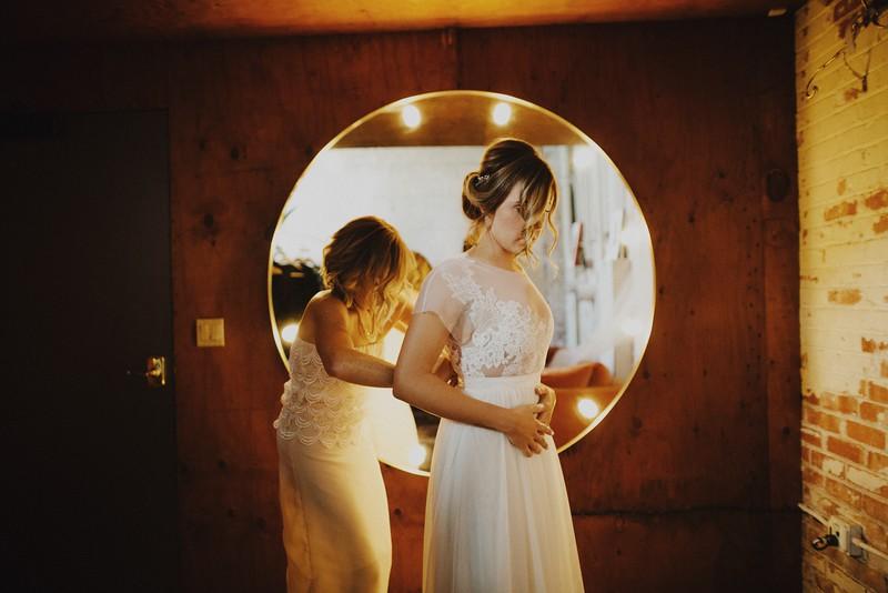 Amanda&Taylor-1077.jpg