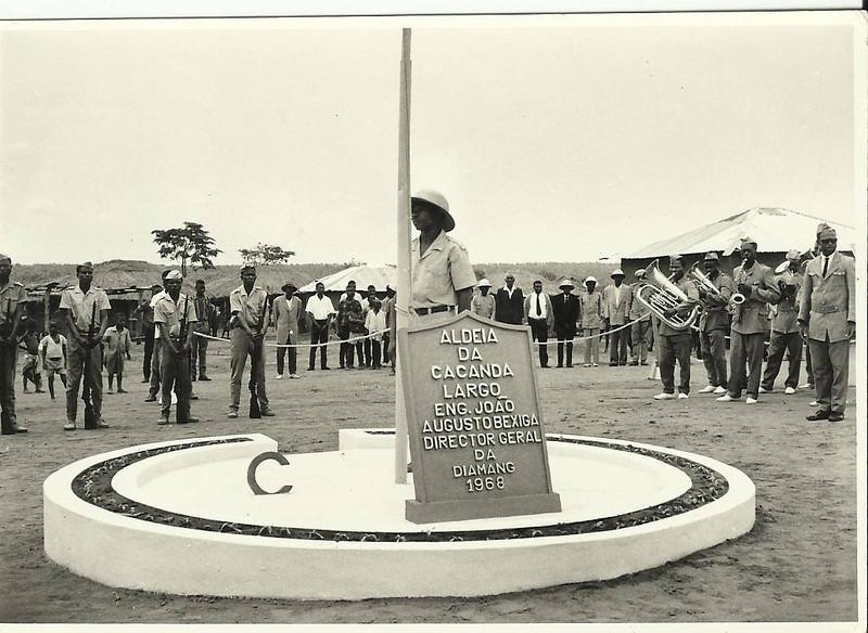 Inauguração da aldeia da Cacanda - 1968 Largo eng. Bexiga