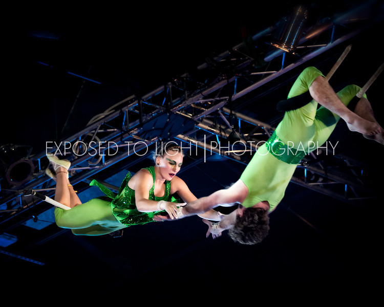 S-Flying Trapeze (Gold Team)-1.jpg