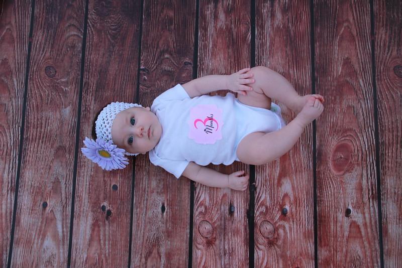 Evie-3 months (145).JPG