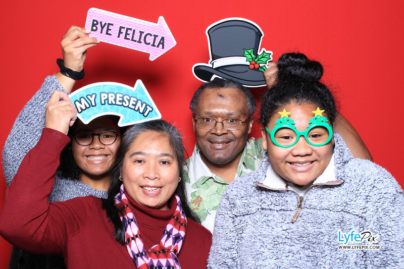 eastern-2018-holiday-party-sterling-virginia-photo-booth-0019.jpg
