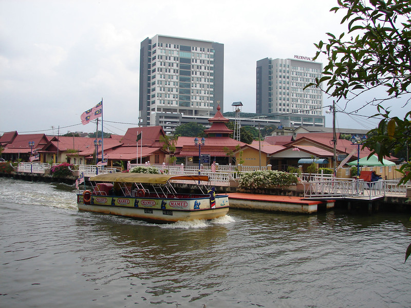 On our river walk with Historian Arhchoo in Malacca (1).JPG
