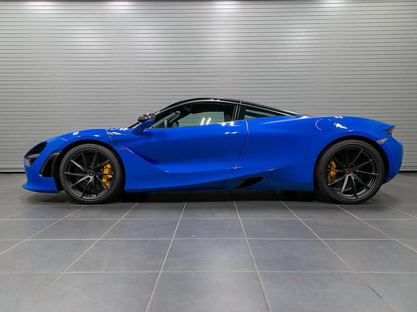 '18 720S Performance Coupe - Paris Blue