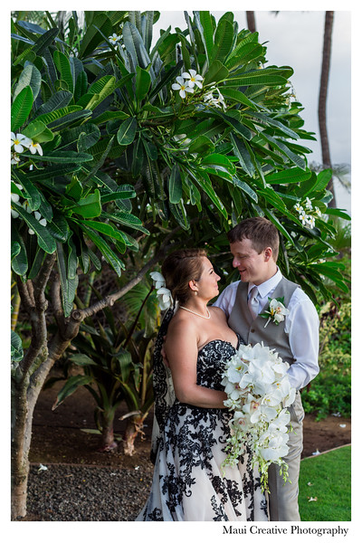 Maui-Creative-Destination-Wedding-0208.jpg