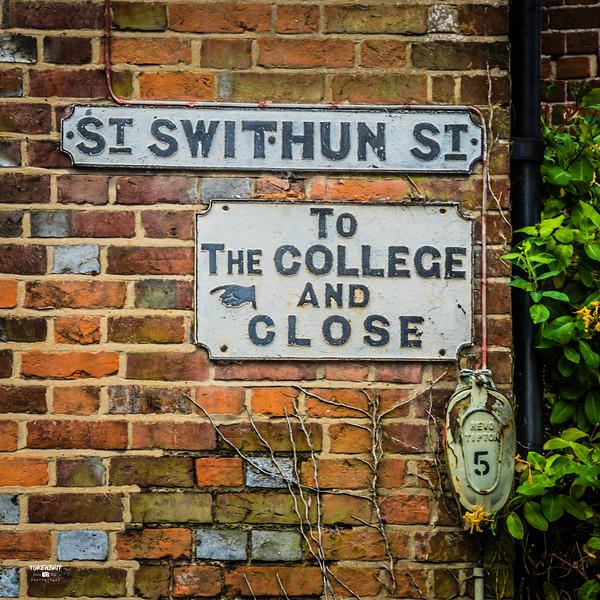 #5 Signs St Swithun St LR-6138.jpg