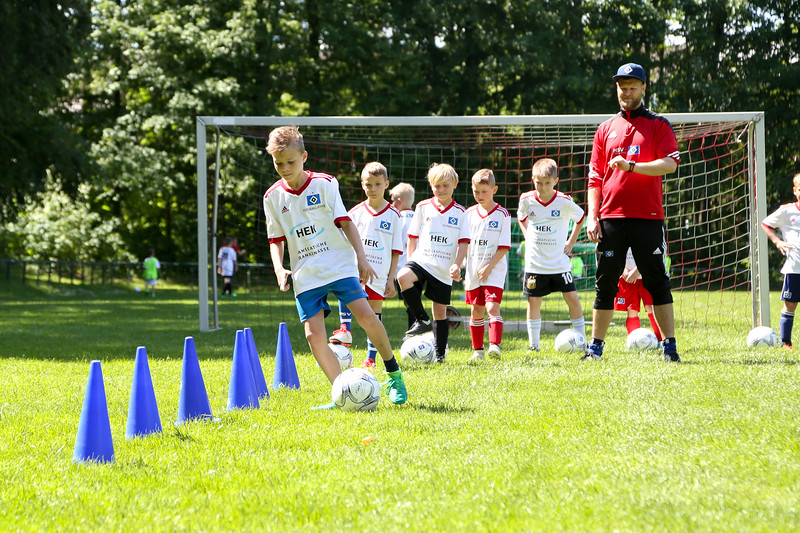 hsv_fussballschule-422_48047997163_o.jpg