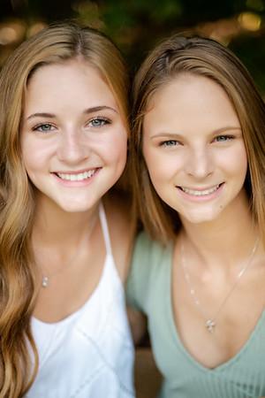 Lizzy & Tina's Senior Portraits