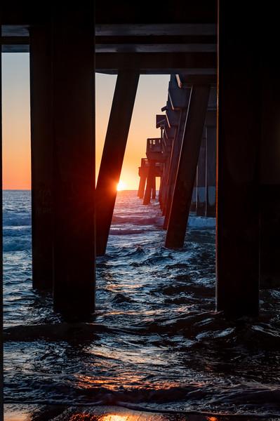 06012020_OBXSunrise (Jenetter's Pier)_17.jpg
