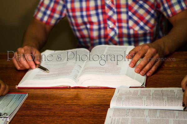 Bible/Hands