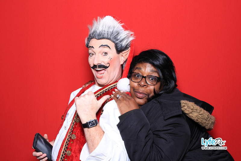 eastern-2018-holiday-party-sterling-virginia-photo-booth-0166.jpg