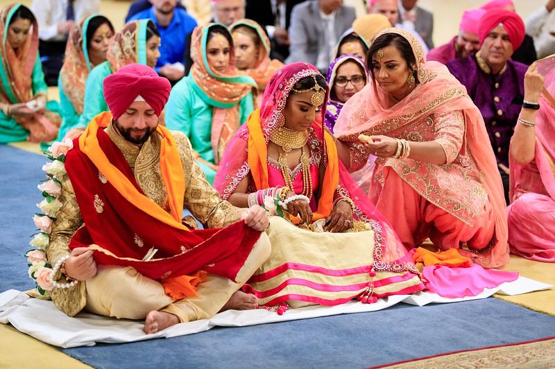 Neelam_and_Matt_Gurdwara_Wedding-1485.jpg