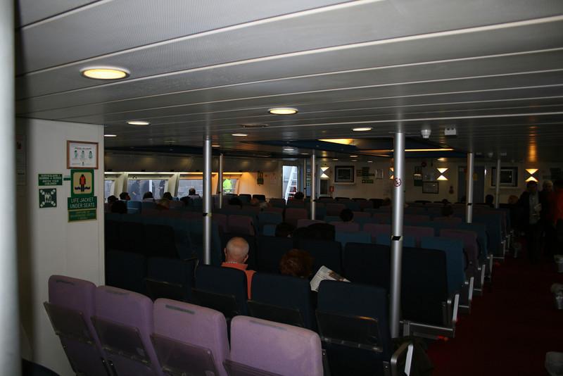 2008 - HSC PONZA JET : main lounge.