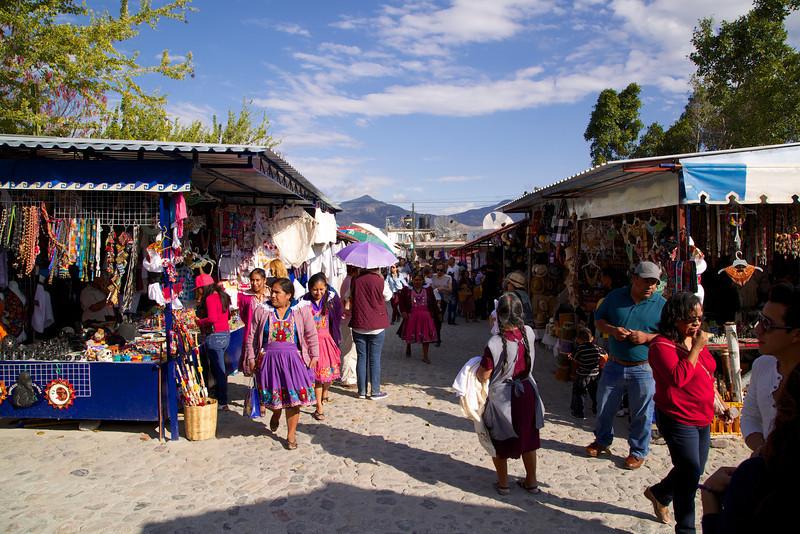 Roewe_Mexico 81.jpg