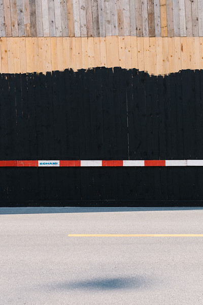 Construction site fence in Geneva