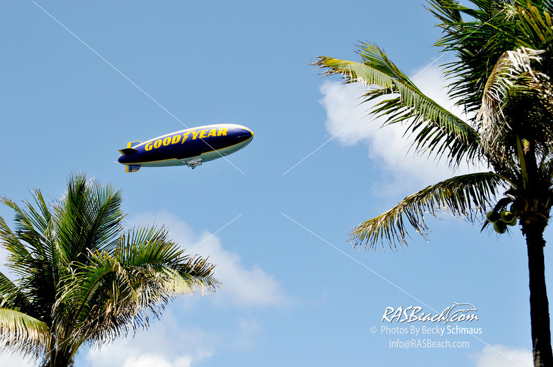 2012-05-26_GoodYearBlimp-2.jpg