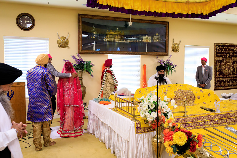 Neelam_and_Matt_Gurdwara_Wedding-1390.jpg