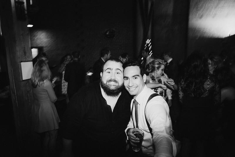 Chelsea&Matt-bw-1633.jpg