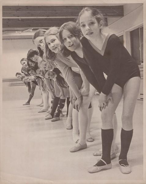 Dance_2423.jpg
