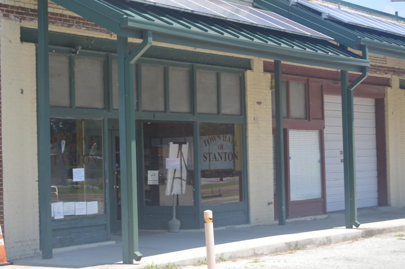 014 Stanton Town Hall.jpg