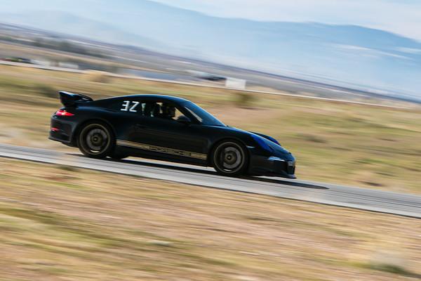 Custom Gallery - 2015 Black Porsche GT3