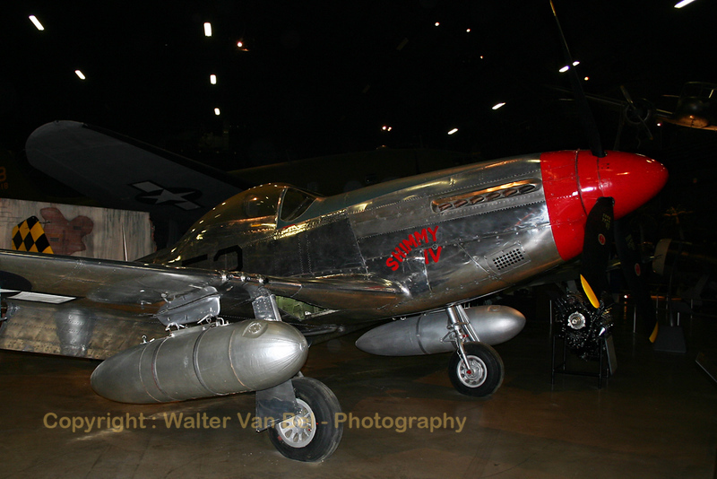 North-American_P-51D_Mustang_USAF-Museum_WPAFB_20040514_100_0078_WVB.jpg