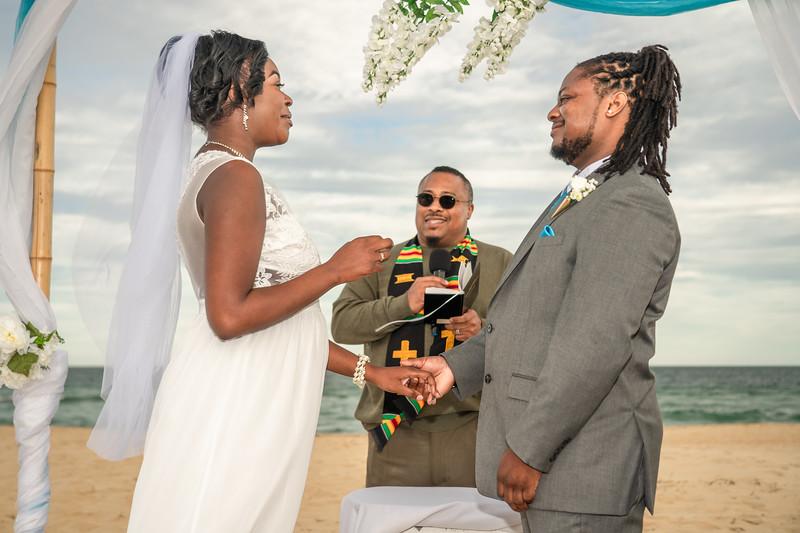 VBWC BRYA 10192019 Sandbridge Wedding #80 (C) Robert Hamm.jpg