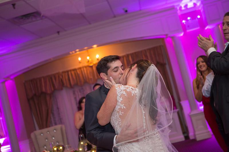 MRN_1492_Loriann_chris_new_York_wedding _photography_readytogo.nyc-.jpg.jpg