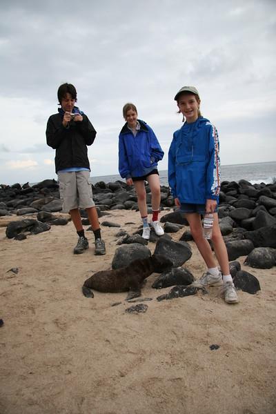 2007-02-19-0016-Galapagos with Hahns-Day 3, Espanola-Sea Lion-Evan-Audrey-Eaine.JPG