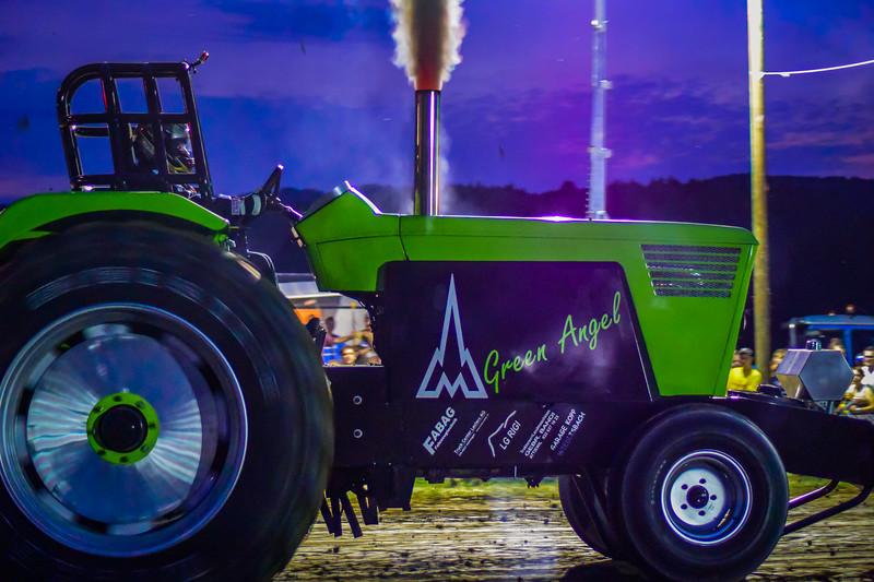 Tractor Pulling 2015 V3-0084.jpg
