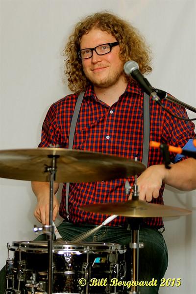 Matt Grier - Tracy Millar - Bev Munro at Sands 018