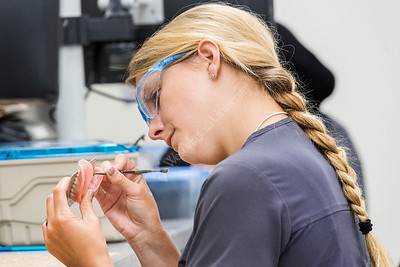 33615 School of Dentistry Prosthodontics Lab HSC