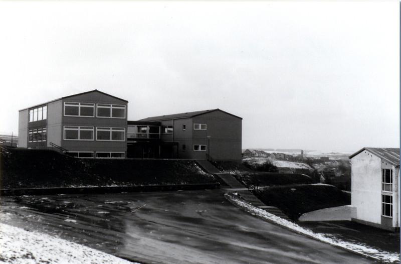 Hauptschule Eppelborn oder Walhalla von 1969 (1).jpg