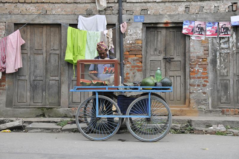 080523 3288 Nepal - Kathmandu - Temples and Local People _E _I ~R ~L.JPG