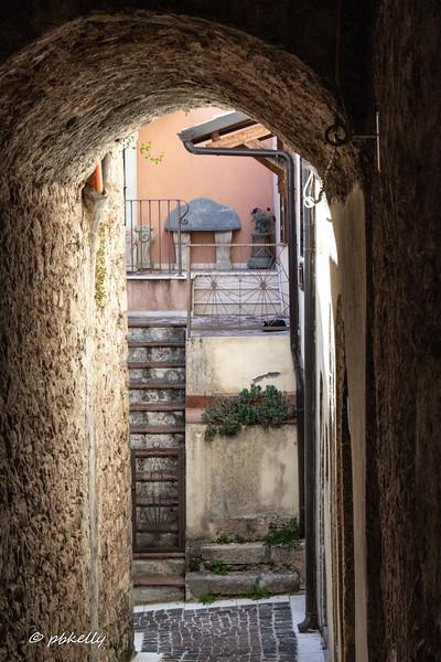 Fornelli alleys 092419-8.jpg