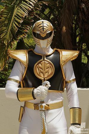 Slowfinger as White Ranger @ Anime Expo 2013