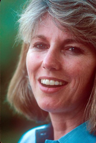 1990-08 Katie Roberts-2.jpg