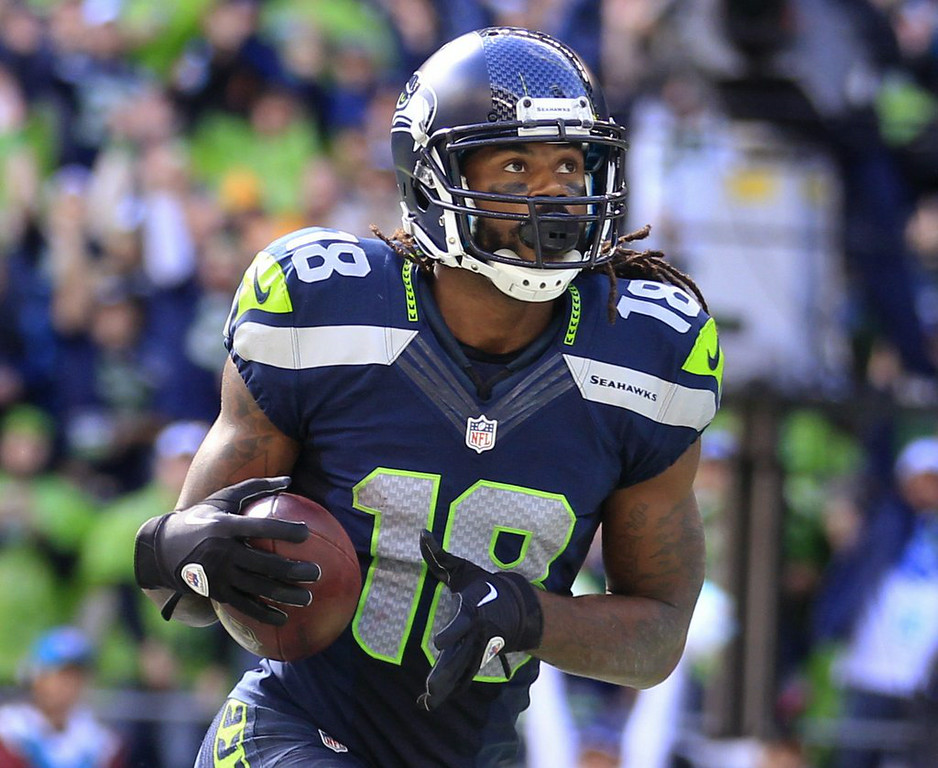 """. 10. (tie) SIDNEY RICE <p>NFL shocker: A Seattle receiver retires because of concussions, and it�s NOT Percy Harvin. (unranked) </p><p><b><a href=\""""http://blog.seattlepi.com/football/2014/07/23/seahawks-receiver-sidney-rice-retiring-from-nfl/#25334101=0\"""" target=\""""_blank\""""> LINK </a></b> </p><p>   (AP Photo/Stephen Brashear)</p>"""