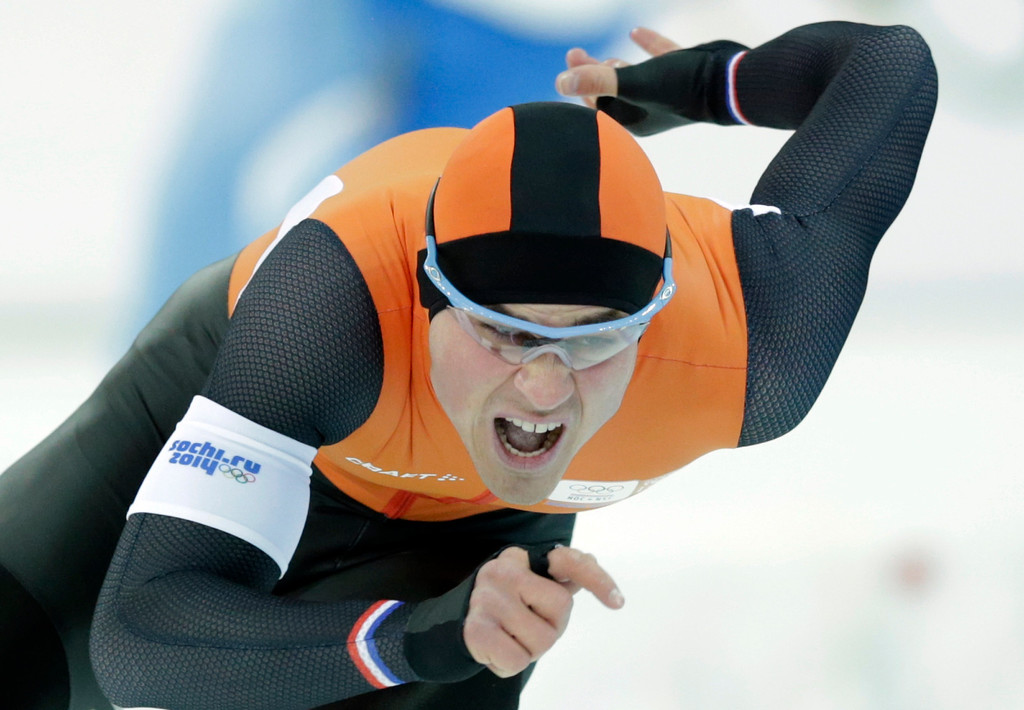 . Jan Smeekens of the Netherlands competes in the first heat of the men\'s 500-meter speedskating race at the Adler Arena Skating Center during the 2014 Winter Olympics, Monday, Feb. 10, 2014, in Sochi, Russia. (AP Photo/Matt Dunham)