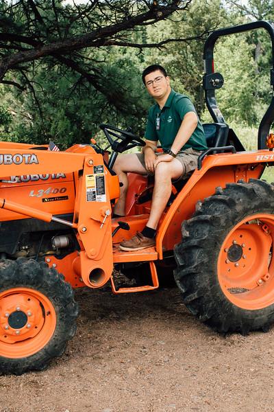 tractor portrait-0502.jpg