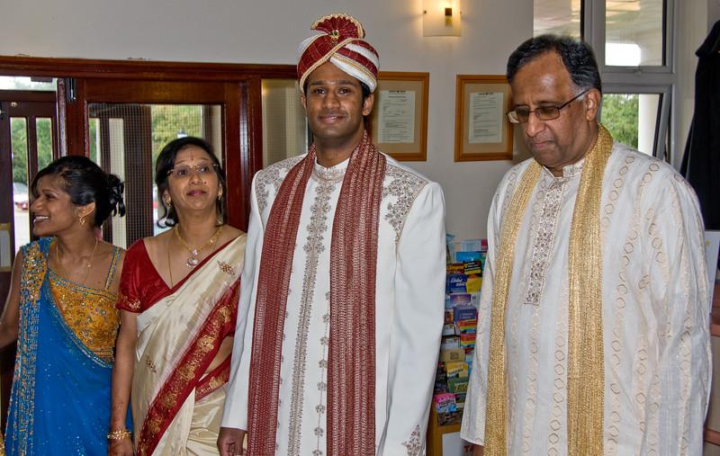 Shiv-&-Babita-Hindu-Wedding-09-2008-030.jpg