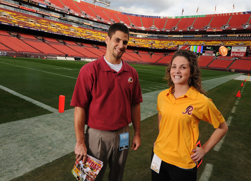 Redskins Interns (08-09 Ad Campaign)