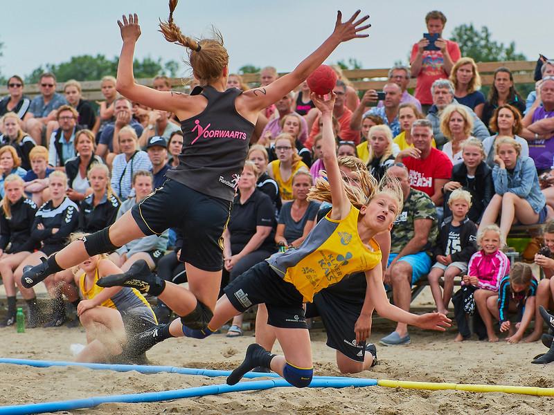 Molecaten NK Beach Handball 2017 dag 1 img 498.jpg